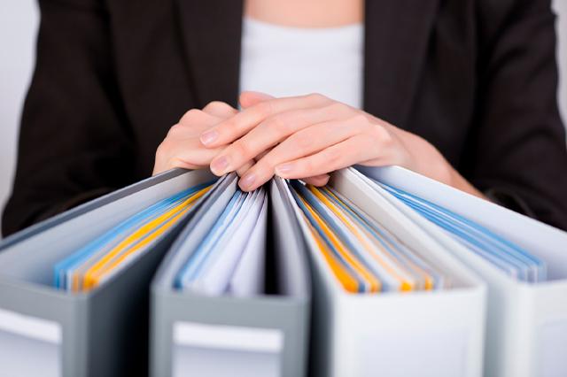 Instrumentos archivísticos, ¿qué son y por qué son importantes en la gestión documental?