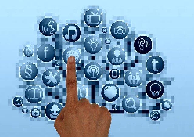 Información en medio electrónico